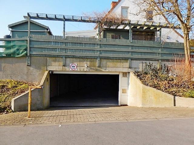 Ondergrondse, gemakkelijk bereikbare garage