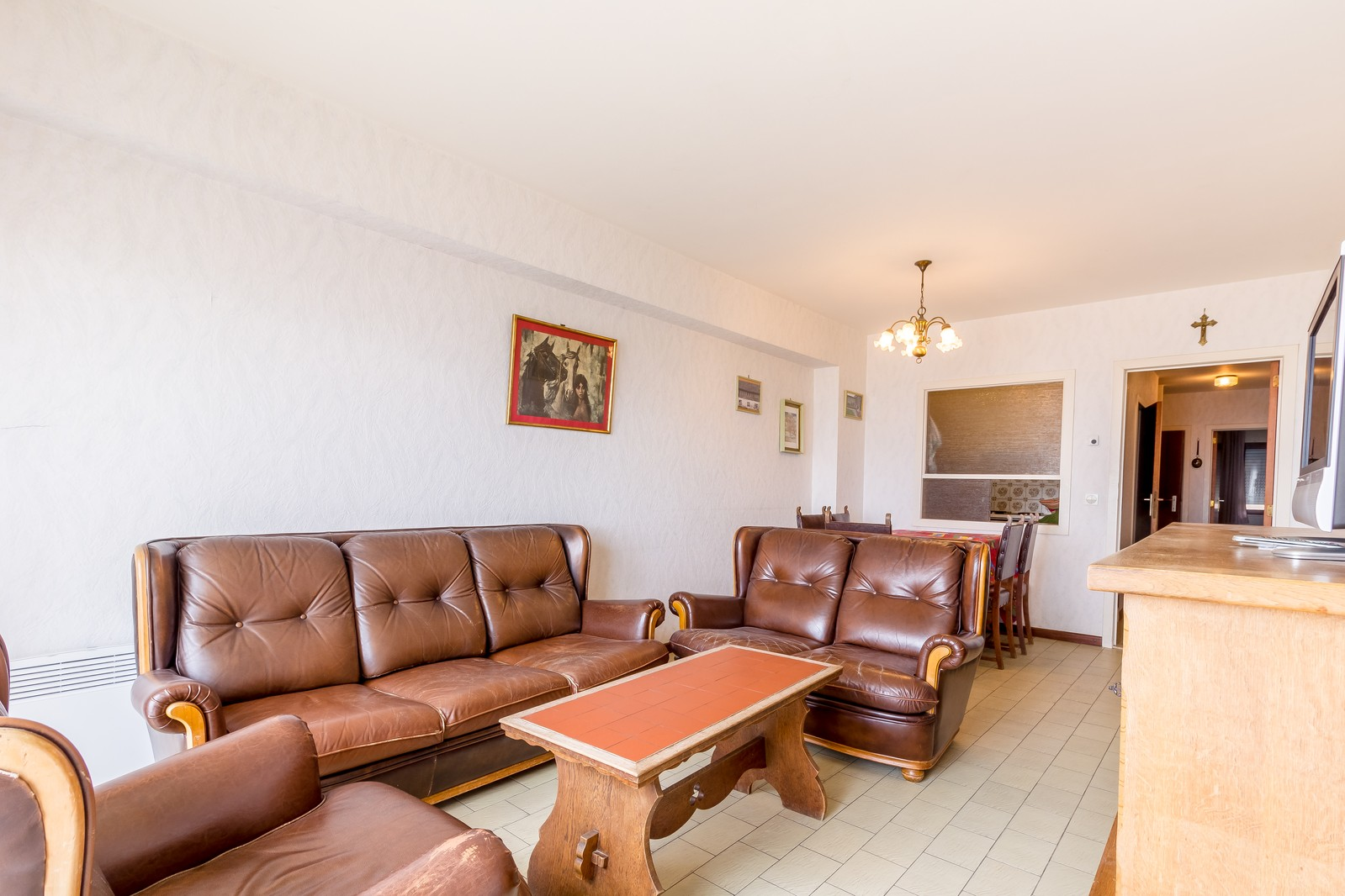 Ruim, twee-kamer appartement op de zeedijk, met véél mogelijkheden